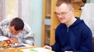 La Comunidad aprueba el mantenimiento de plazas para discapacidad intelectual en Vallecas