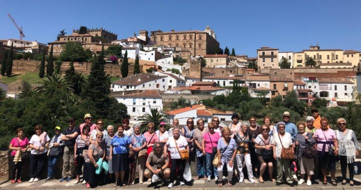 Cultura en el cierre del curso de la Escuela de personas adultas de Villa de Vallecas
