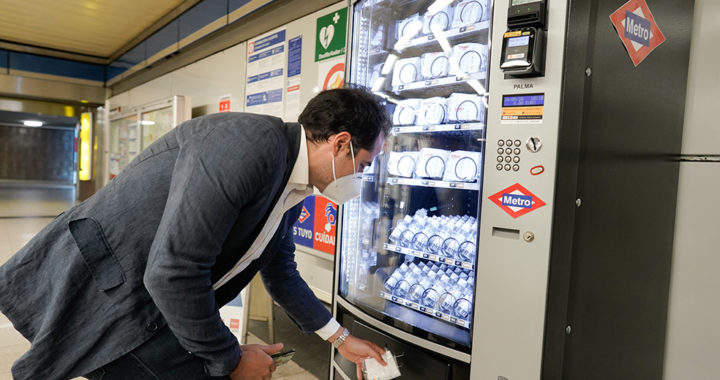 Metro de Madrid instalará máquinas de venta de mascarillas e hidrogel