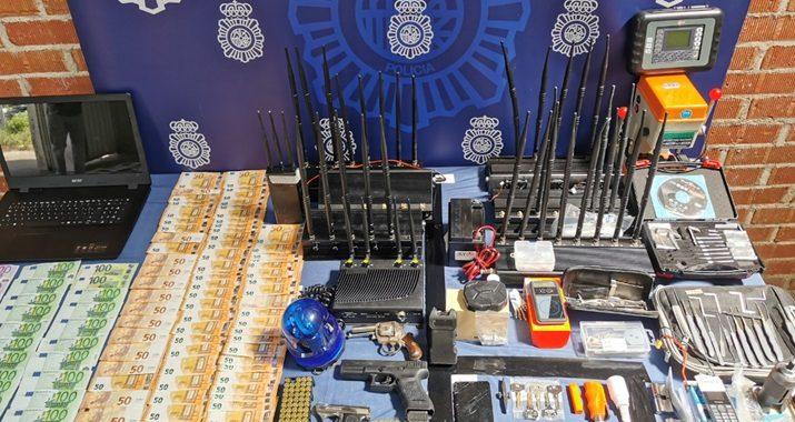 La Policía Nacional detiene en Madrid a siete butroneros