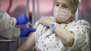 Madrid vacuna de la COVID 19 en Vallecas
