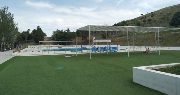 Las piscinas de verano del Cerro Almodóvar abren sus puertas