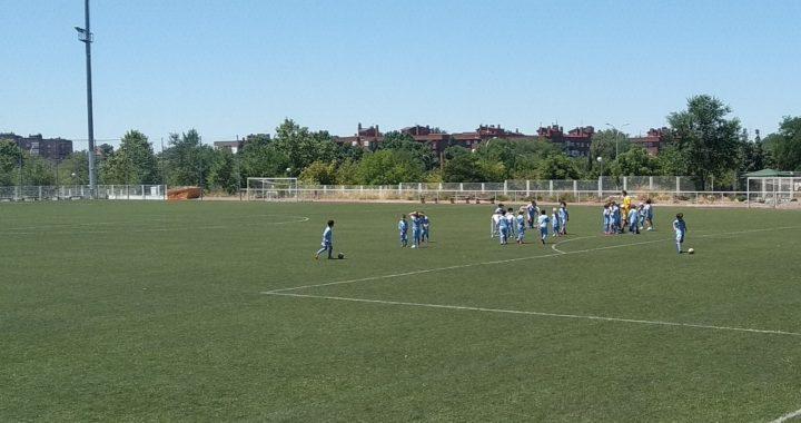 Se desarrolla con éxito el campamento de fútbol en Villa de Vallecas