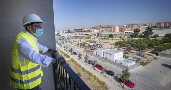 El Ayuntamiento inicia las obras de tres nuevas promociones en Villa de Vallecas